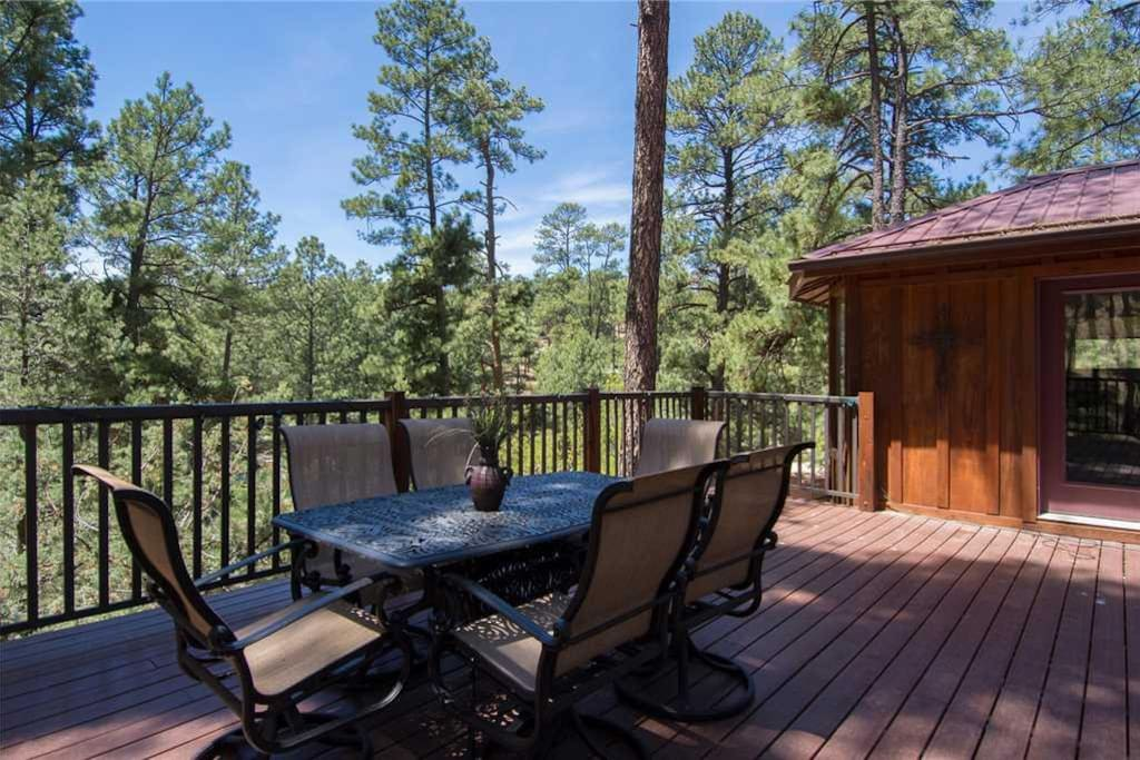 Dine in the Pines - Prepare your dinner outside and enjoy grilling in the cool mountain air.