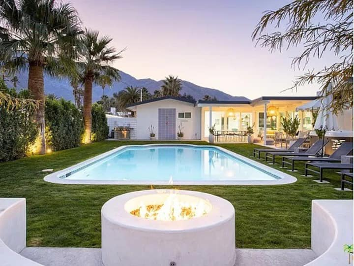 Beverly Hills Mid-Century Modern Home w/Pool - Spa