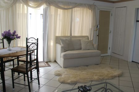 1 BR Apartment in Beautiful Private Community - Palm Beach Gardens - Haus