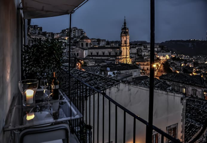 Your charming hideaway overlooking Modica
