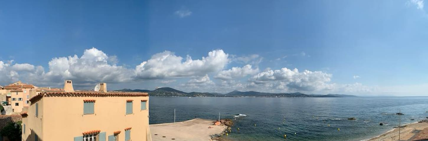 Balcony view on the Golfe de Saint-Tropez