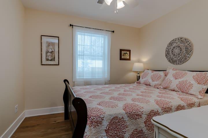 Queen bedroom 2, with dresser (Bedroom 2 of 7)