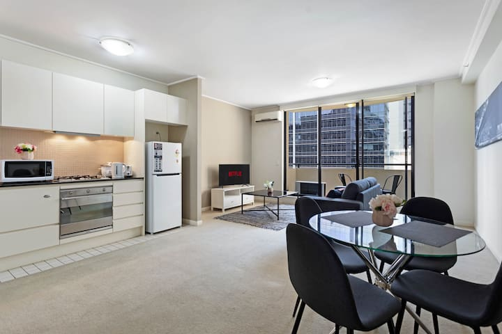 STAY&CO 1BR|1BA  Apartment in North Sydney