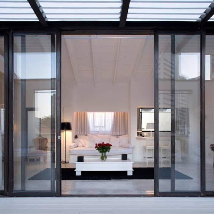 Luxury penthouse in Neve Tsedek