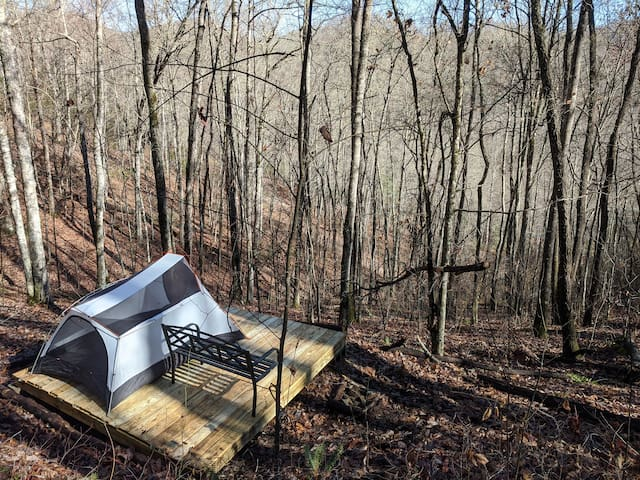 David's Dugout: A Secluded Mountainside Campsite
