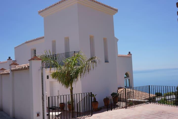 Modernes Apartment in Salobreña mit Meerblick - Salobreña - Apartment