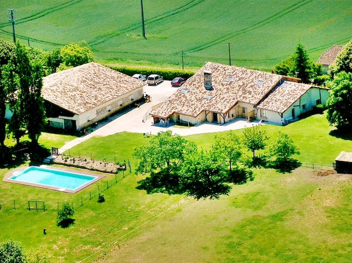 House with 3 bedrooms in Agnac, with shared pool and enclosed garden