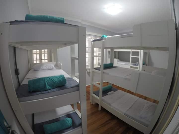 Cama em Dormitório Feminino no Hostel Vin Imperial