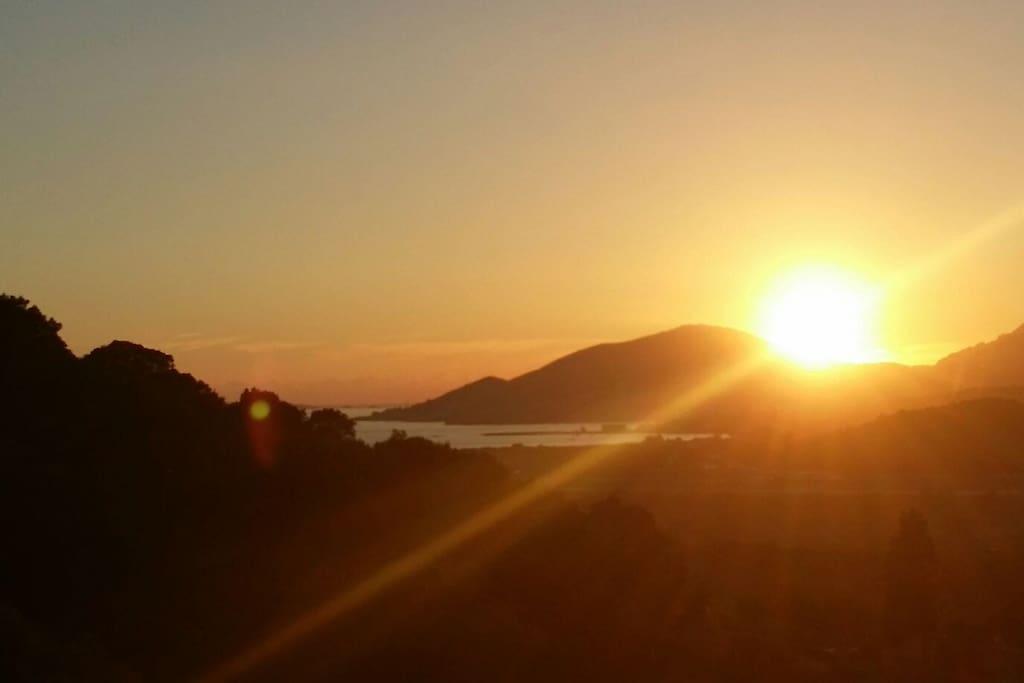 Vue soleil couchant de la terrrasse