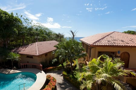 Villas Langosta Beach Condo with Private Pool - Tamarindo