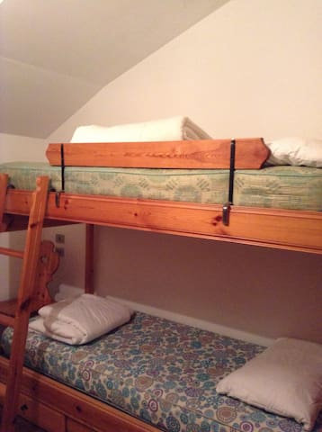 Camera con letto a castello n2 - Bunk bed room n2