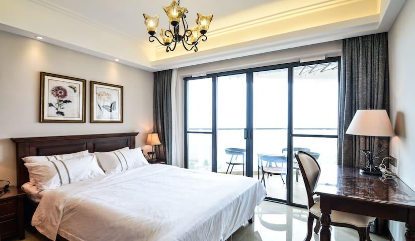 高层豪华海景两室套房 - Beihai