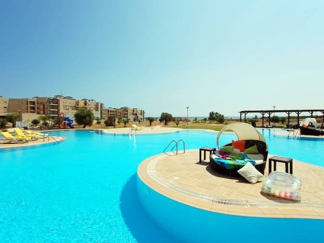 Apartment on the sea in Cyprus - Famagusta