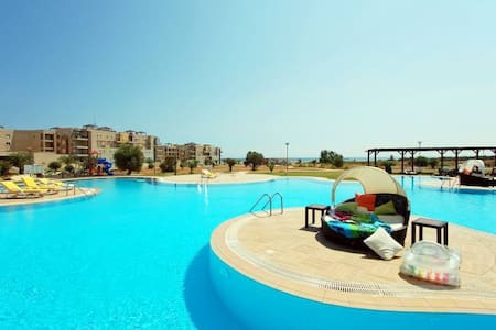 Apartment on the sea in Cyprus - Famagusta - Pis