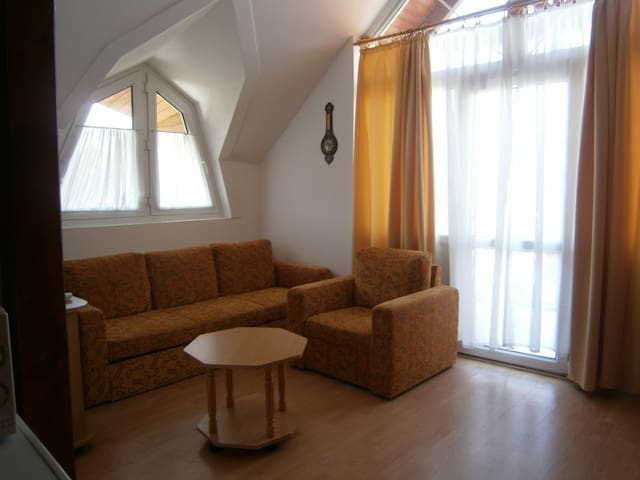 Apartman a Balaton parton/Apartment by Balaton - Balatonlelle - Apartment