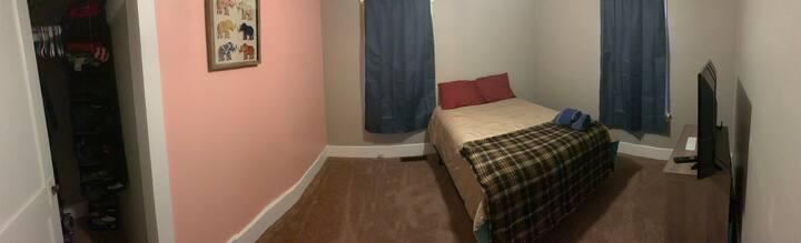Full bed,main floor, shared bathroom/claw foot tub