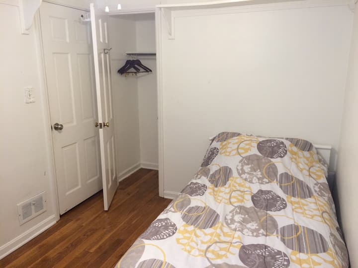 Guest Room at A2Z