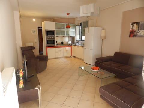 Trikala Design Apartment at the City Center