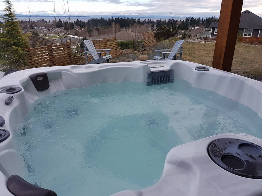 Private Hot Tub with Oceanviews