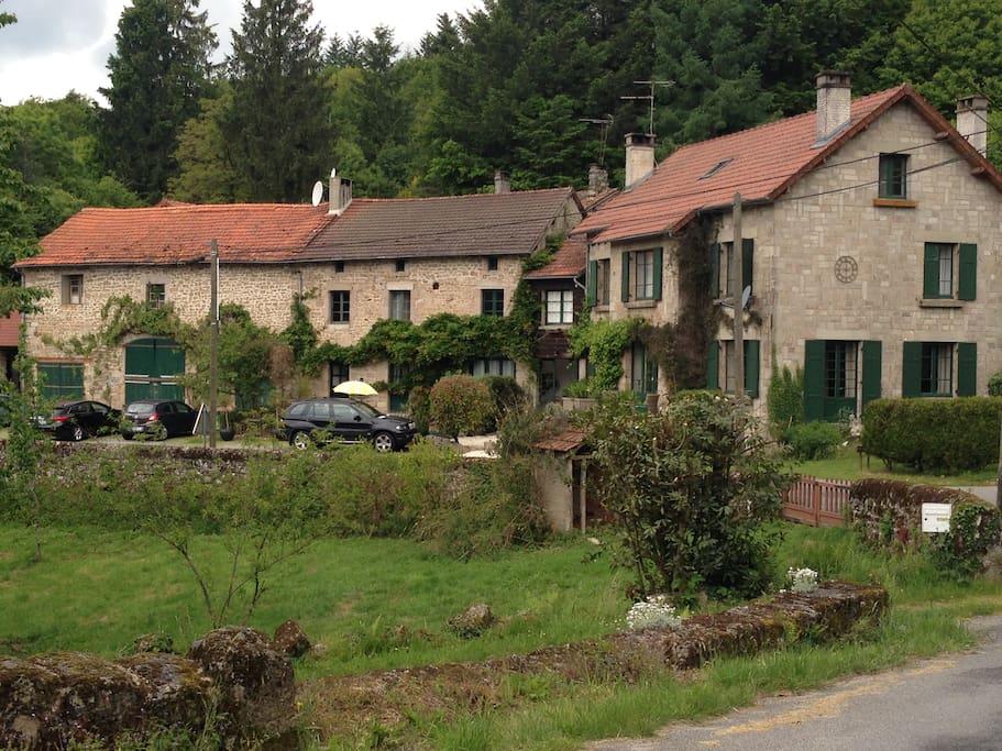 Sleeps 8 Heated Pool Les Vignes Cottages For Rent In Saint Sylvestre Limousin France