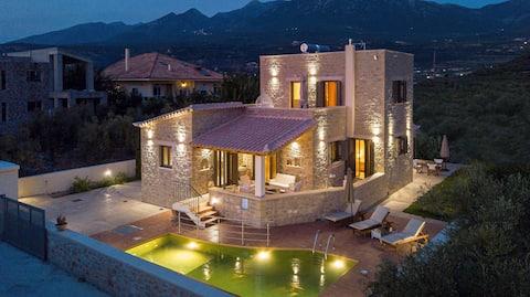 Villa chrysanthi with pool
