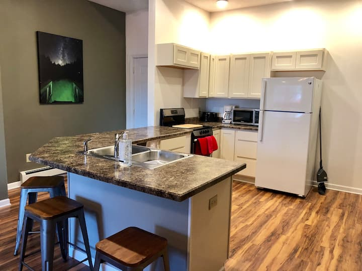Downtown Munising Bayview apartment! Location!!
