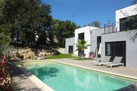 Studio d'architecte entre Méditerranée et Cévennes