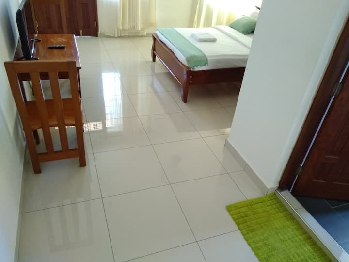 Spacious room with balcony. WiFi and Pool