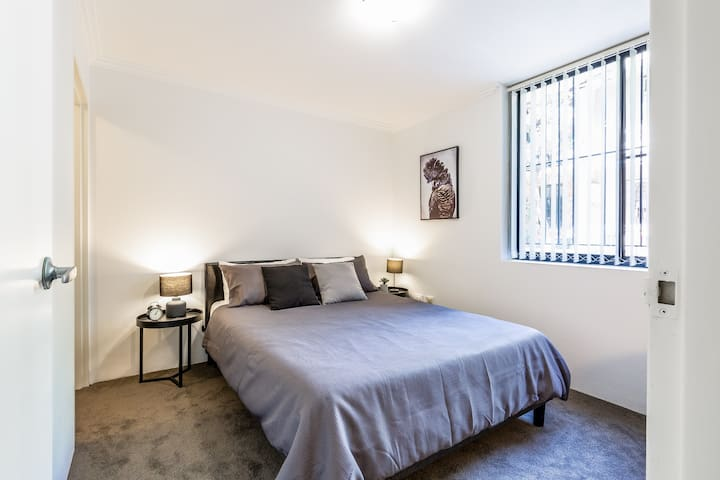 Bedroom with very comfortable memory foam mattress on queen size bed