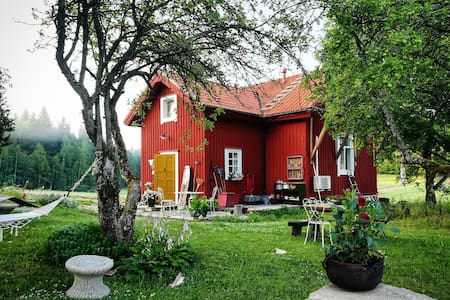 Tuhkimon Torppa, Bedroom in a Cute Country House
