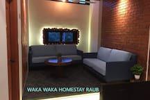 WAKA WAKA HOMESTAY RAUB - FRANCE & AUSTRALIA ROOM