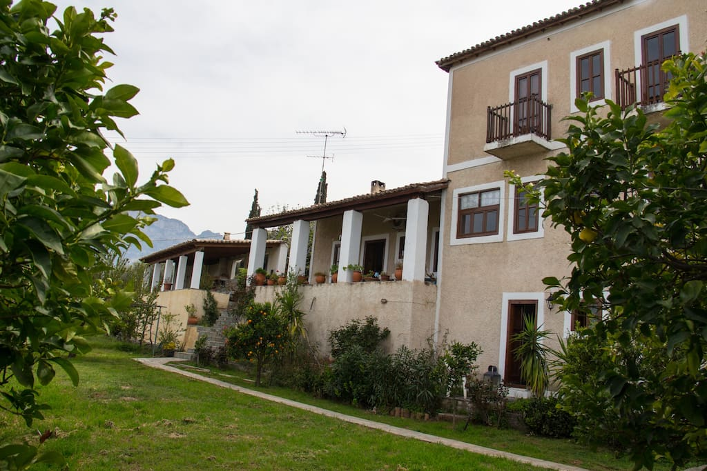 The lemontree cottage case in affitto a egira for Piani di casa cottage quattro camere da letto