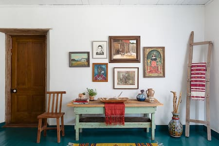 Casa Casillas: A Historic Home - Bandera