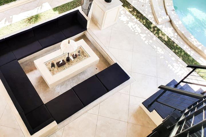 2BR Luxury Pool Villa in Seminyak Kuta #21
