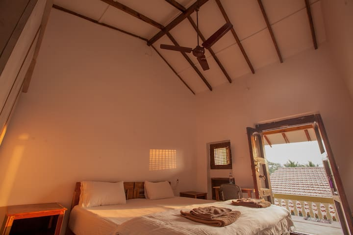 Luxurious private air-con room in Agonda Beach