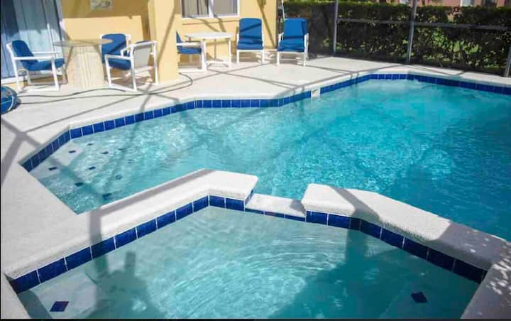 SPECIAL OFFER,4bed, Game, Pool, Up to 15, Pet,Wood