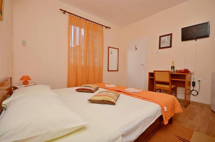 Room, seaside in Vodice