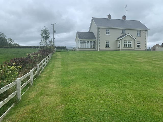 NEW  Corraglass House close proximity to Cuilcagh