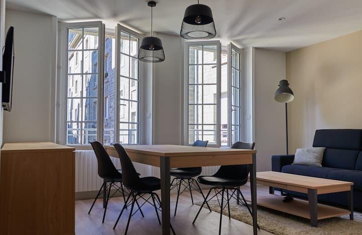 Beau T2 moderne Intra-muros Saint-malo Wifi inclus