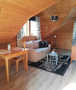 Cosy and sunny apartment in quiet Bråvann area