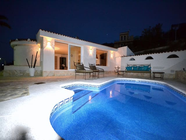 Exclusive villa in Cala D´Or - El Campello - Villa