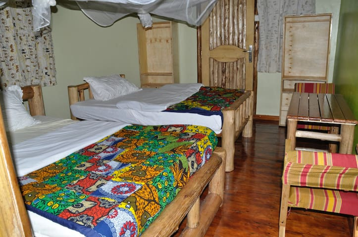 ELITE BACKPACKERS SERVICES MASAKA