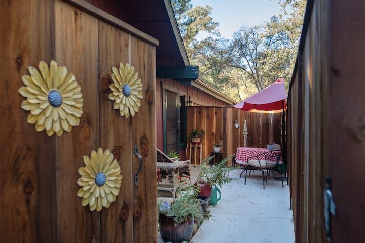 Yosemite Southgate 3 Daisy Studio