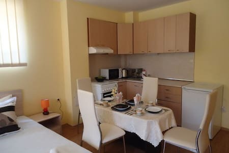Studio ''Mery'' - Crystal 2 - Hissar - Appartement