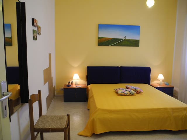 b&b melonegiallo Camera gialla - Paceco - Apartmen