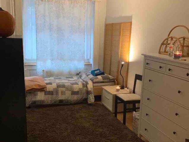 Single bedroom in  downtown St. Gallen