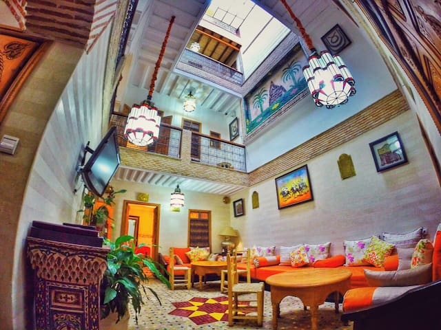 Best Deal : Beautiful Riad in the medina