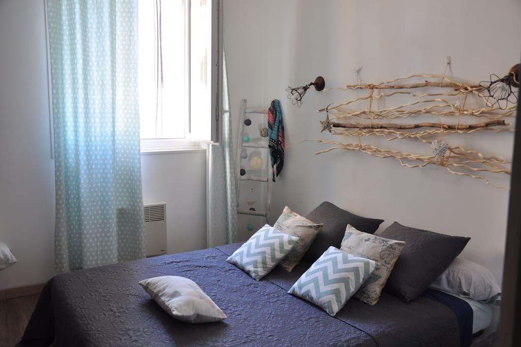 Chambre 1 avec lit en 160