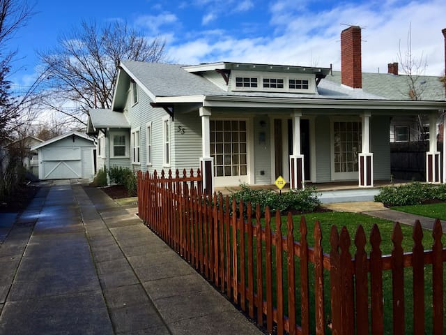 Historic Craftsman~Downtown Medford - Medford - Casa