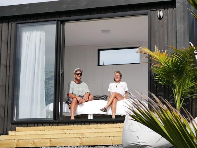 Te Arai Eco Pod - Ocean Views & Tropical Gardens!